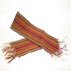 Arrow sash adorned with yellow, blue, green and red colours.