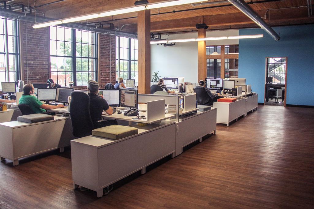 La technologie au travail   La journée au travail   La journée   La ...