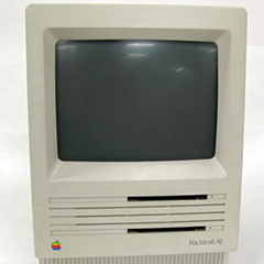 Front of a Macintosh SE M5010 computer, Apple Computer Inc.